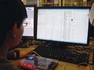 FPGAを用いた学生実験用RISC方式プロセッサの開発画像