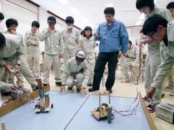 電子制御工学科